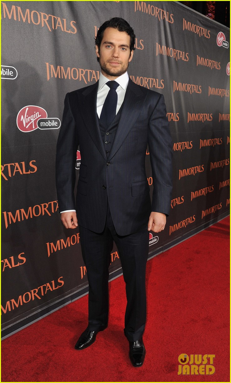 henry cavill immortals premiere 01