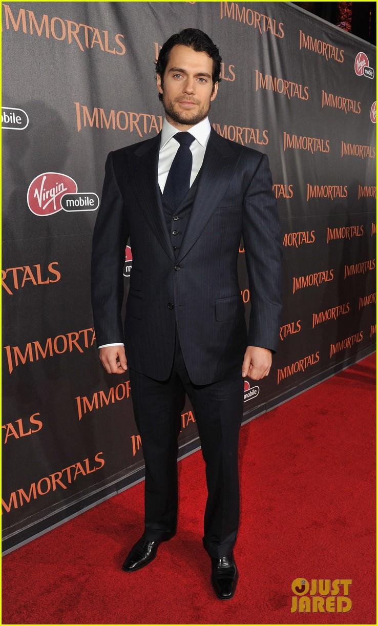 henry cavill immortals premiere 012597812