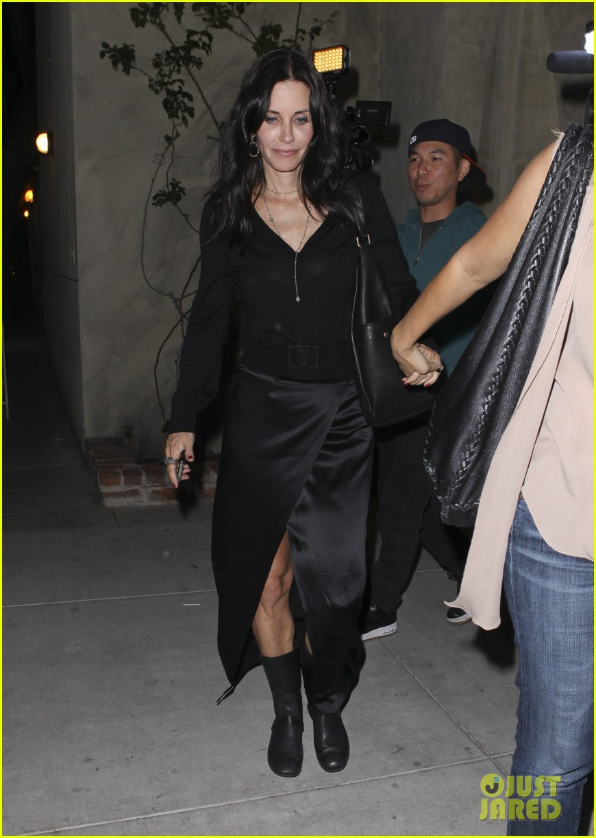 courteney cox out to dinner 04