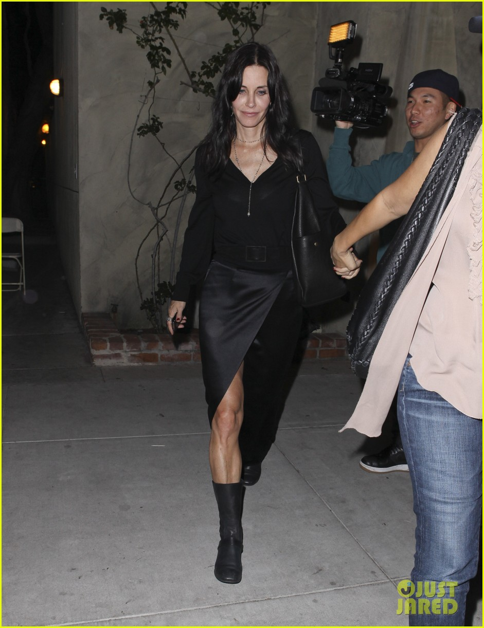 courteney cox out to dinner 07