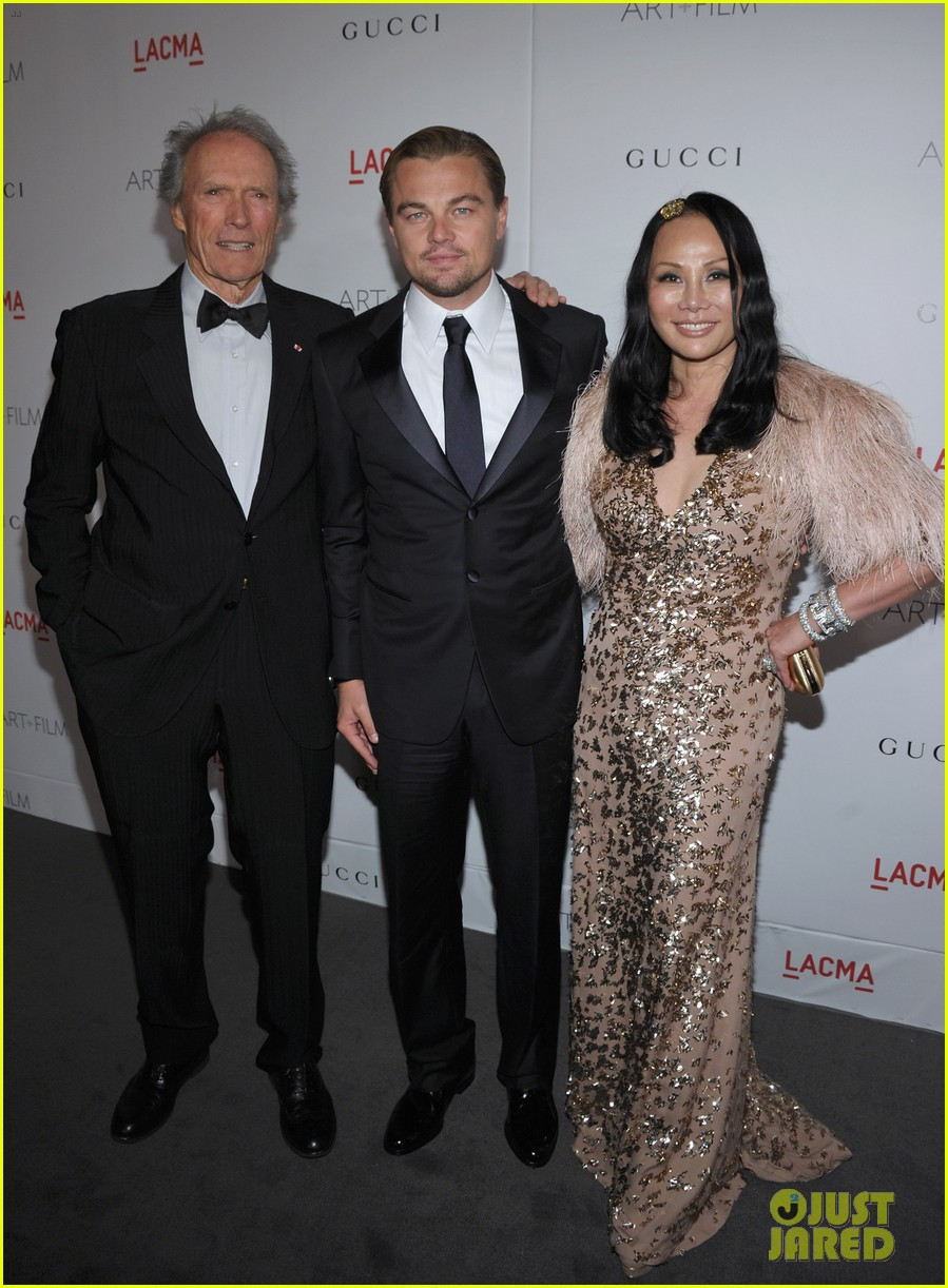 leonardo dicaprio lacma gala with clint eastwood 05