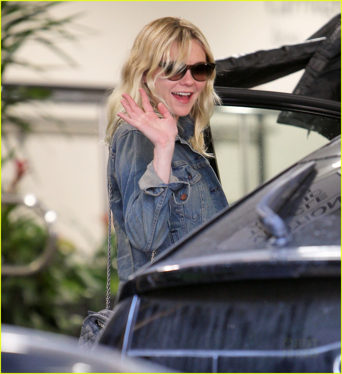 kirsten dunst mom lunch 03