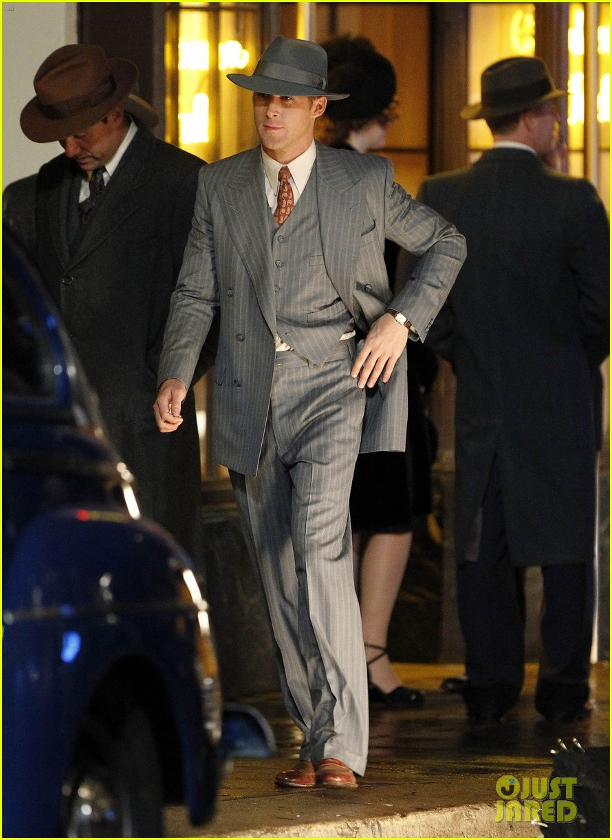 ryan gosling late night on gangster squad set 20