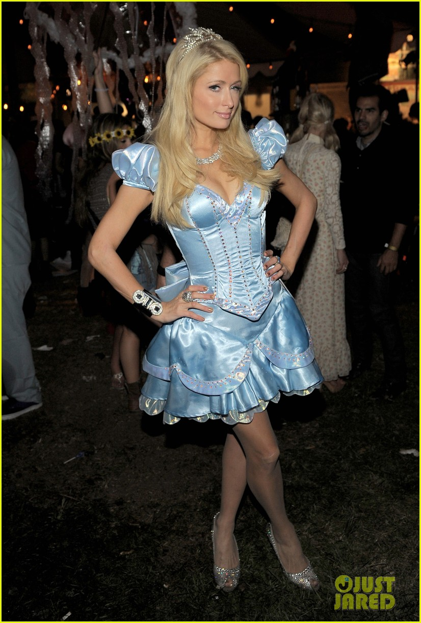 mandy moore leona lewis maroon 5 halloween party 022595876