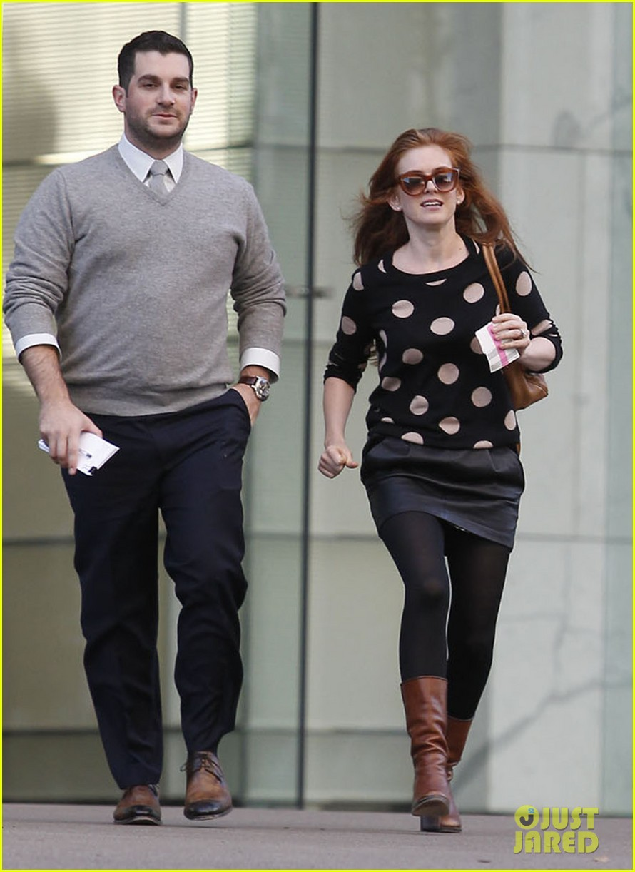 isla fisher studio city madewell sweater 06