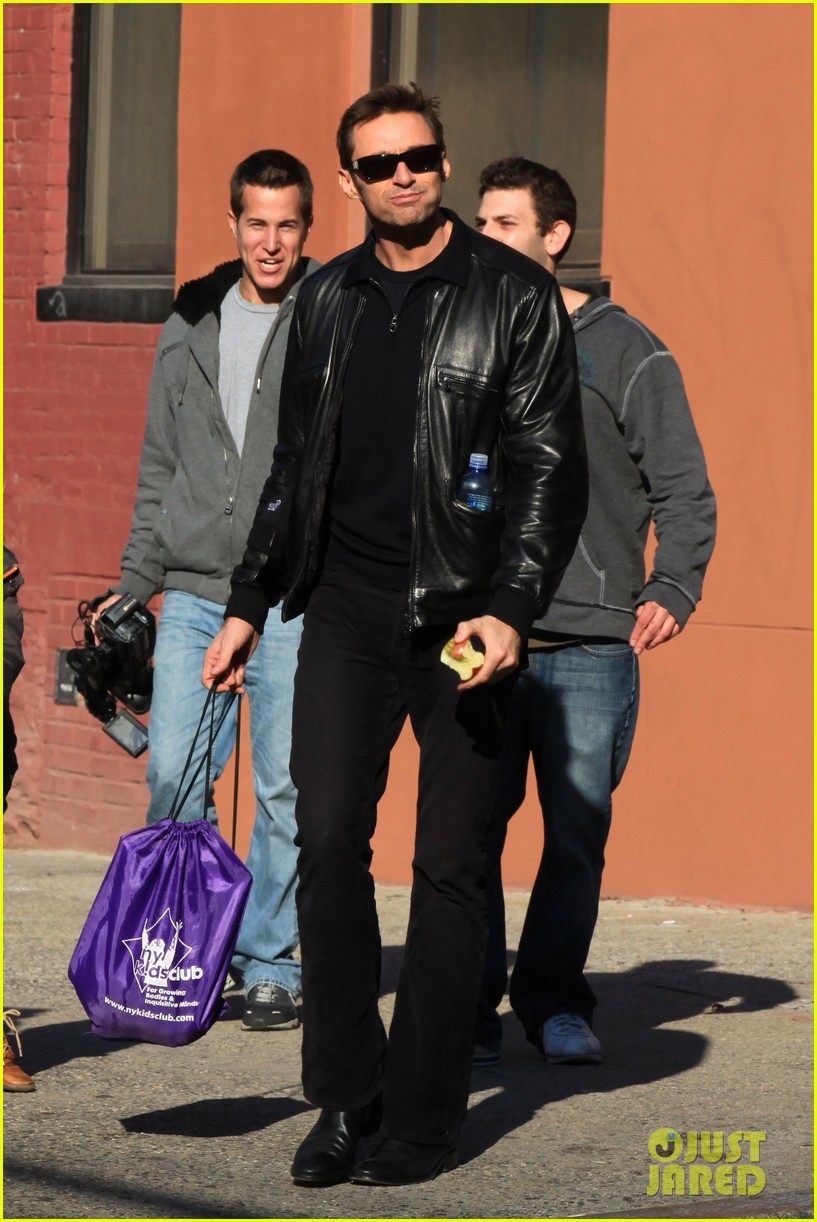 hugh jackman deborra lee furness day out with ava 03