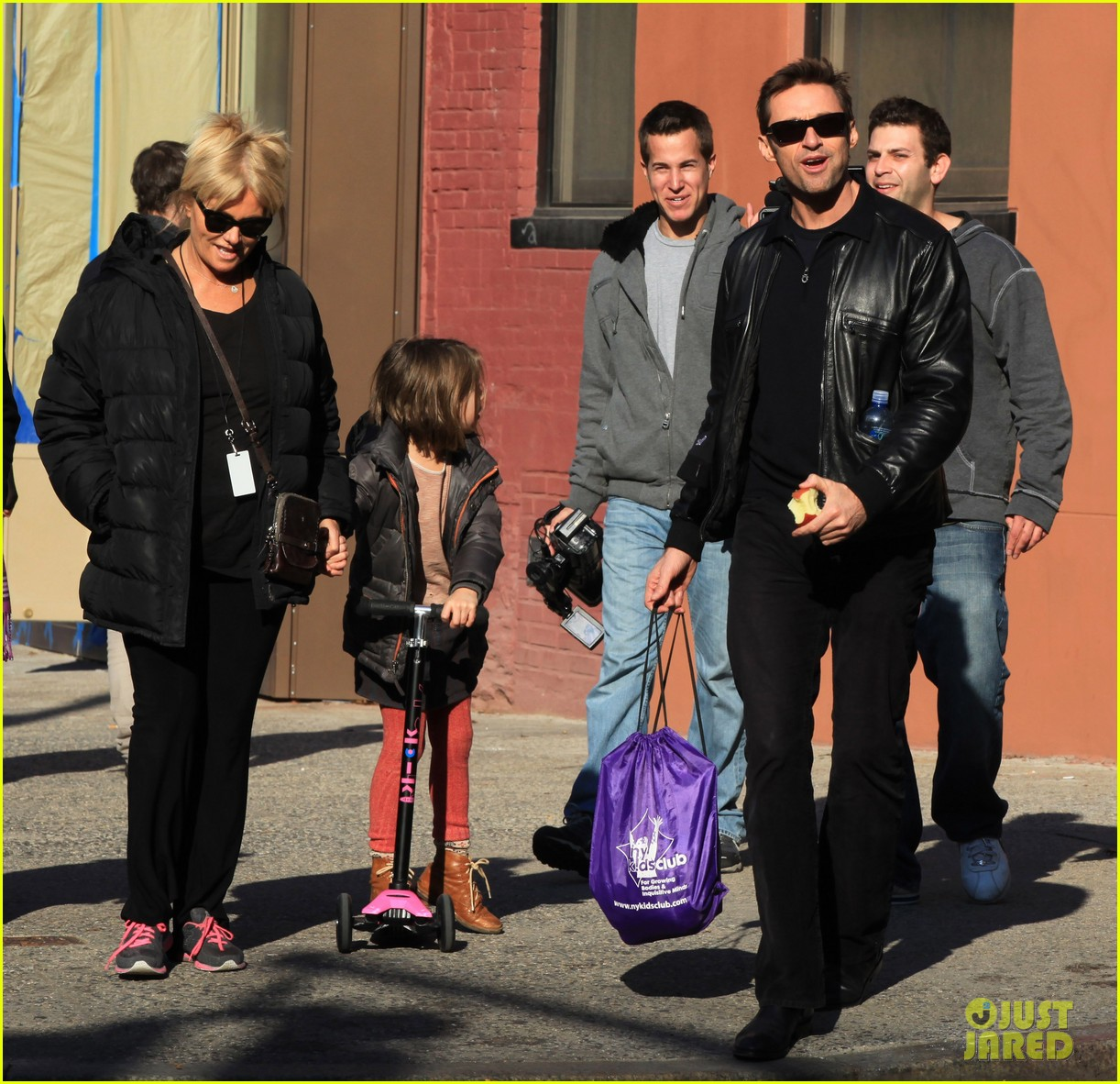hugh jackman deborra lee furness day out with ava 05