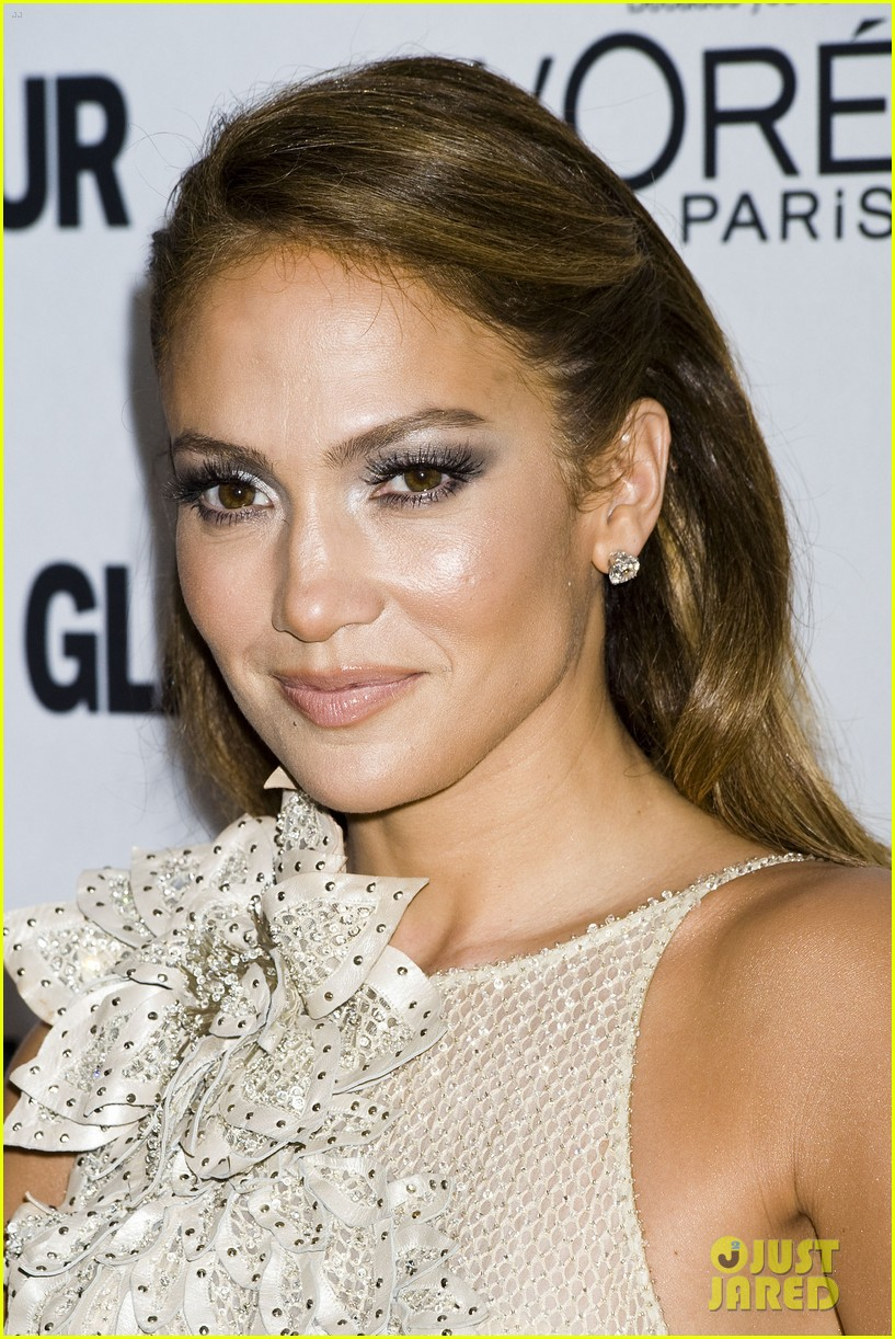 jennifer lopez glamour women awards 02