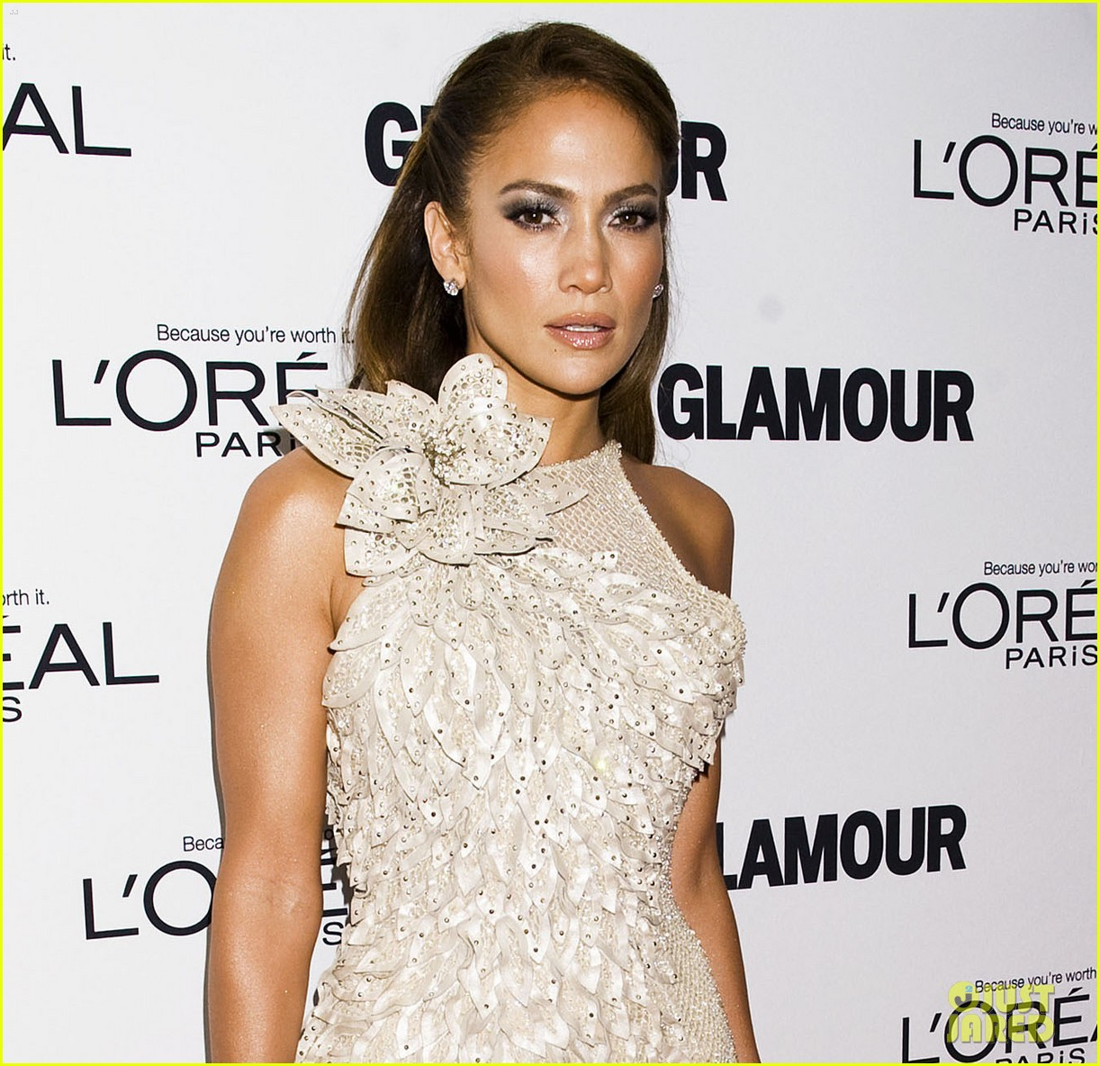 jennifer lopez glamour women awards 05