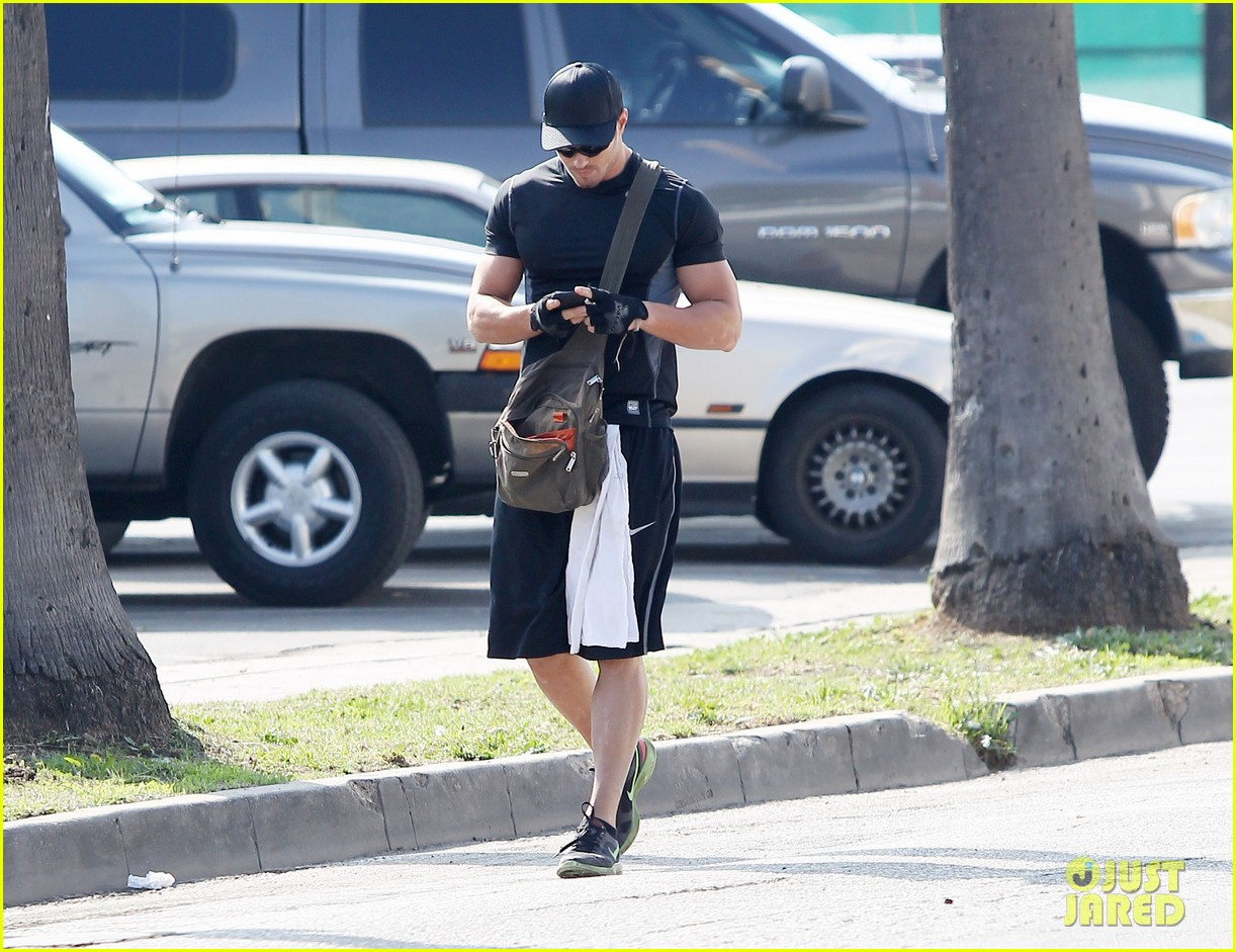 kellan lutz works out santa monica 06