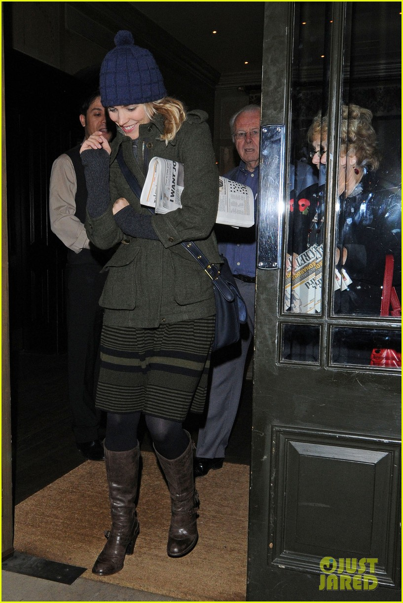 rachel mcadams covent garden dinner 04