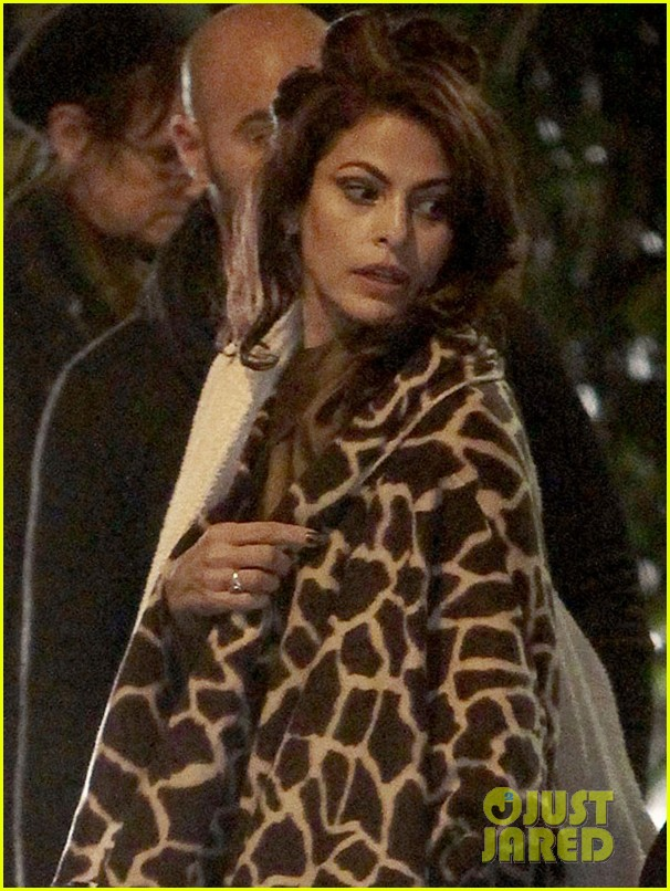eva mendes bundles up on set of holly motors 08