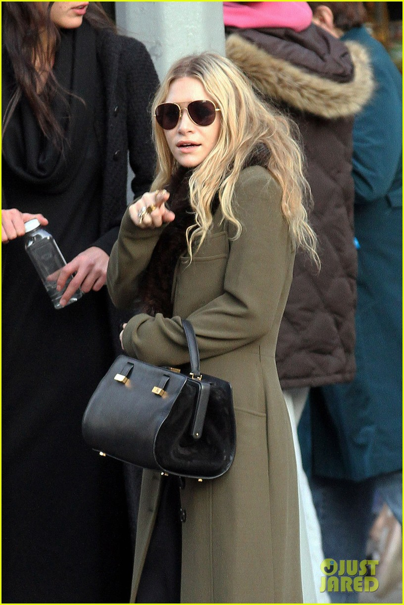 mary kate olsen bundled up in the east village 02