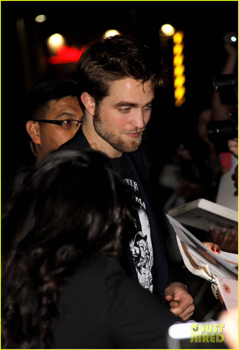 robert pattinson jimmy kimmel live visit 06