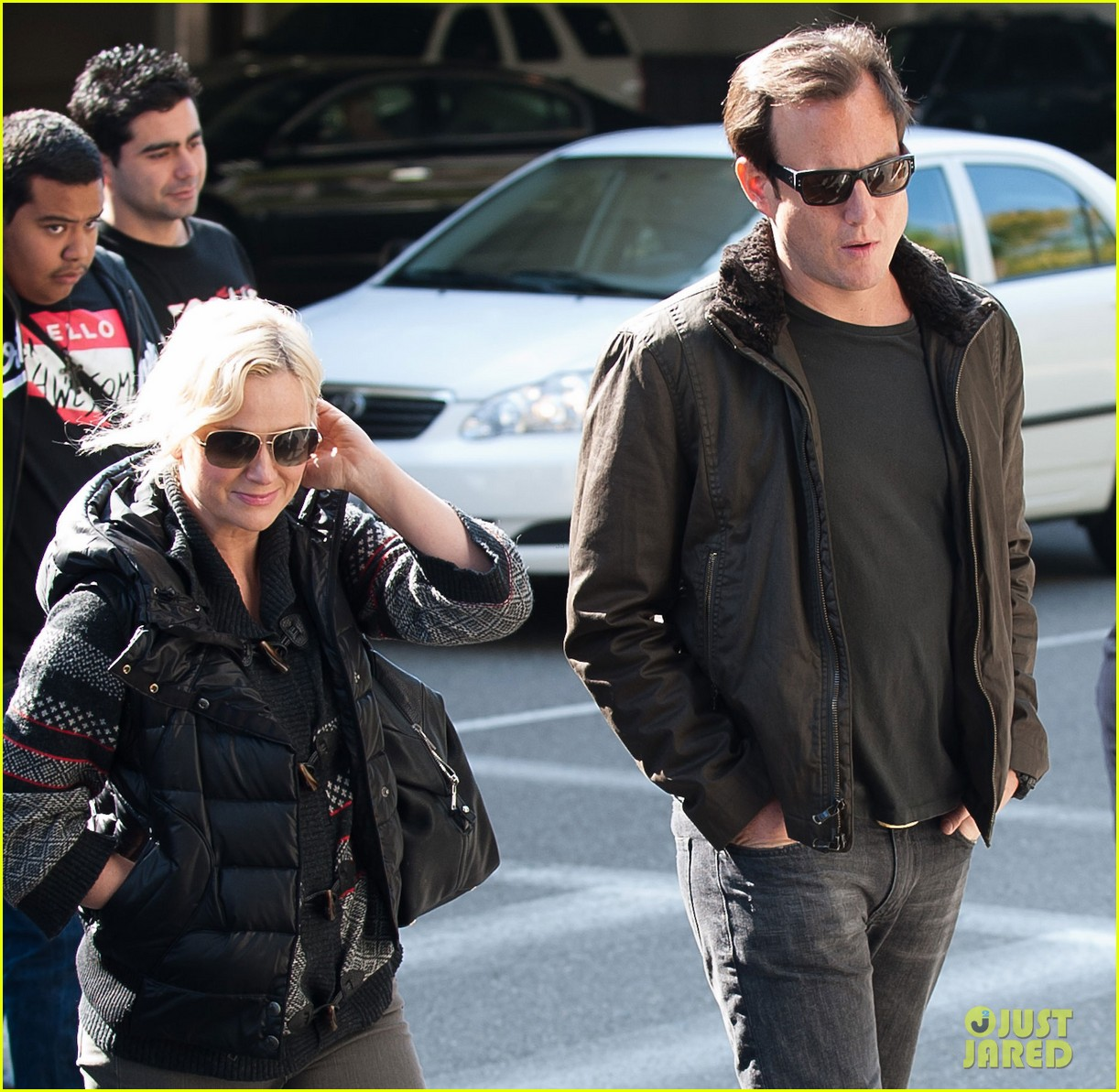 amy poehler will arnett airport 042601104