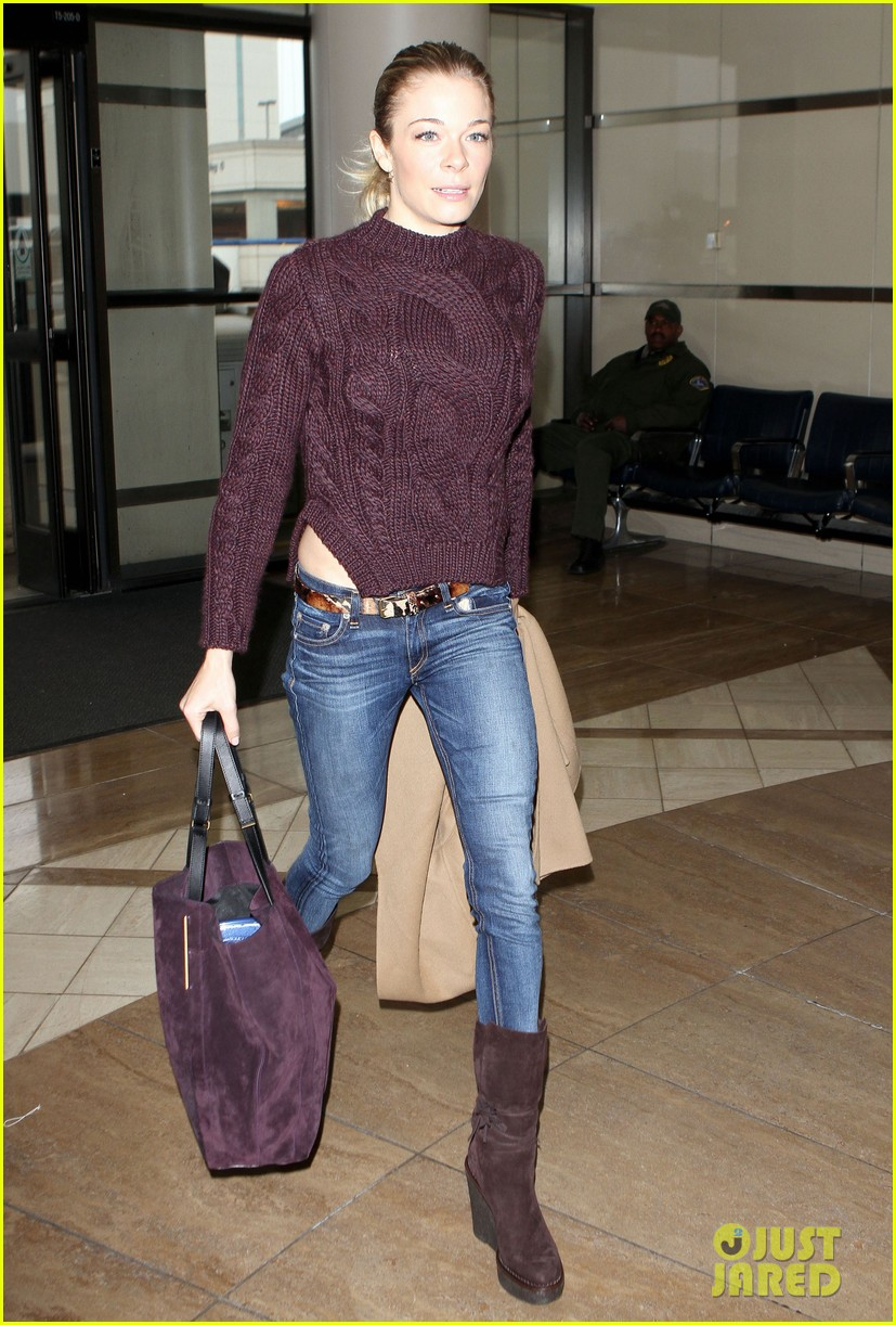leann rimes ready for thanksgiving 04