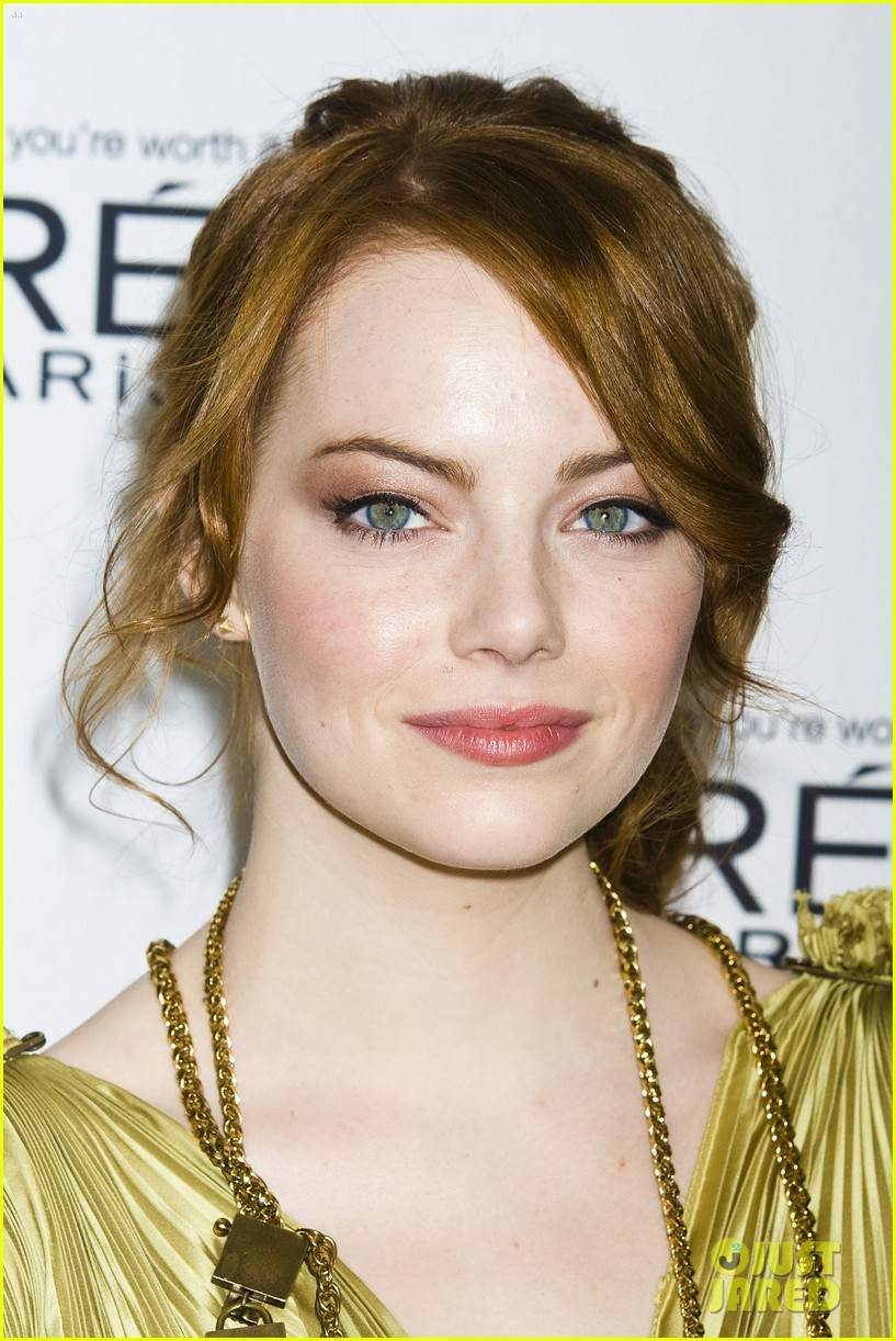 emma stone glamous awards 19