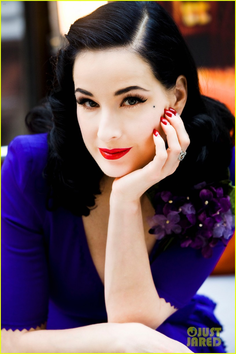 dita von teese cointreau travel essentials 05