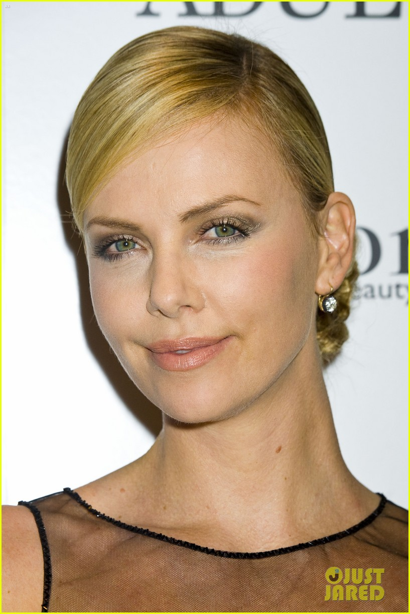 charlize theron young adult nyc 02