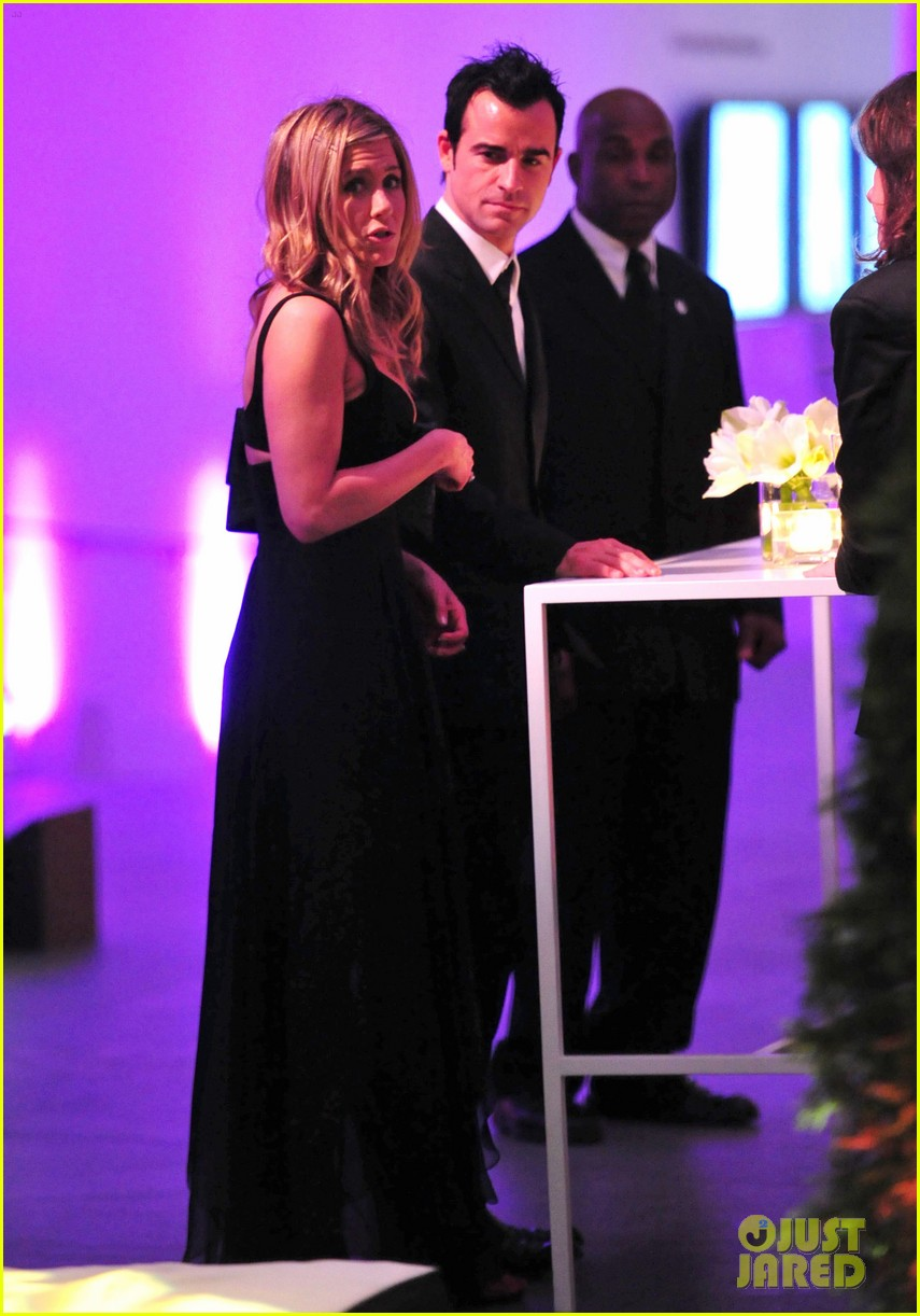 jennifer aniston justin theroux glamour party 02