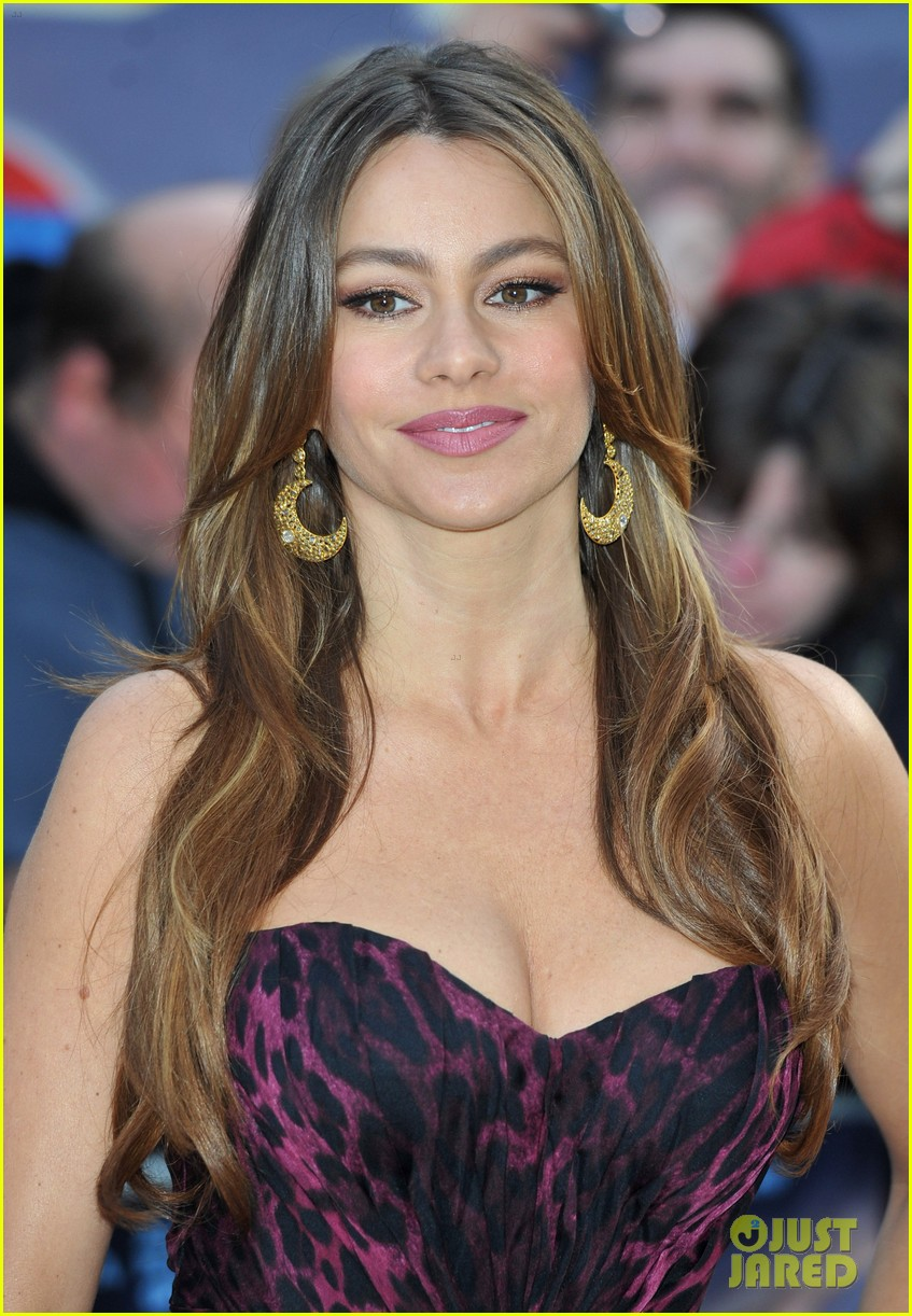 sofia vergara happy feet 2 premiere london 02