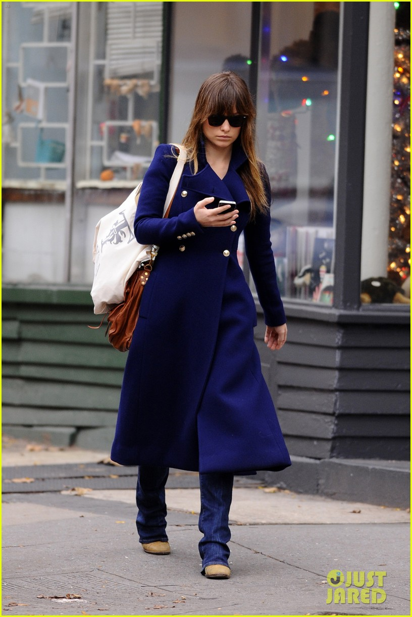 olivia wilde nyc lunch pal 01