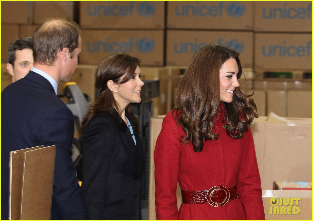 prince william duchess kate unicef emergency supply center denmark 16
