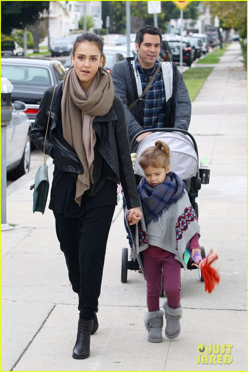 jessica alba honor is the best big sister 02
