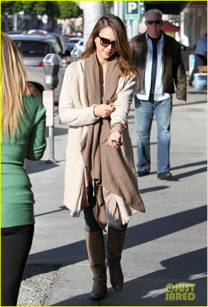 jessica alba honor is the best big sister 062610756