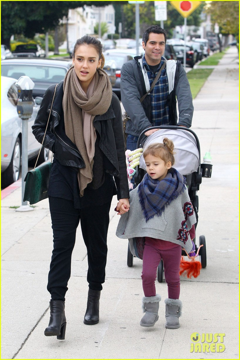 jessica alba honor is the best big sister 14