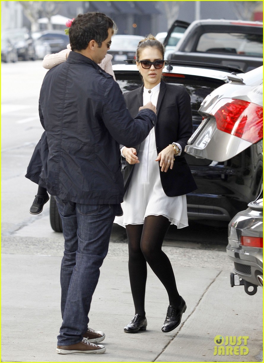 jessica alba brunch family 06