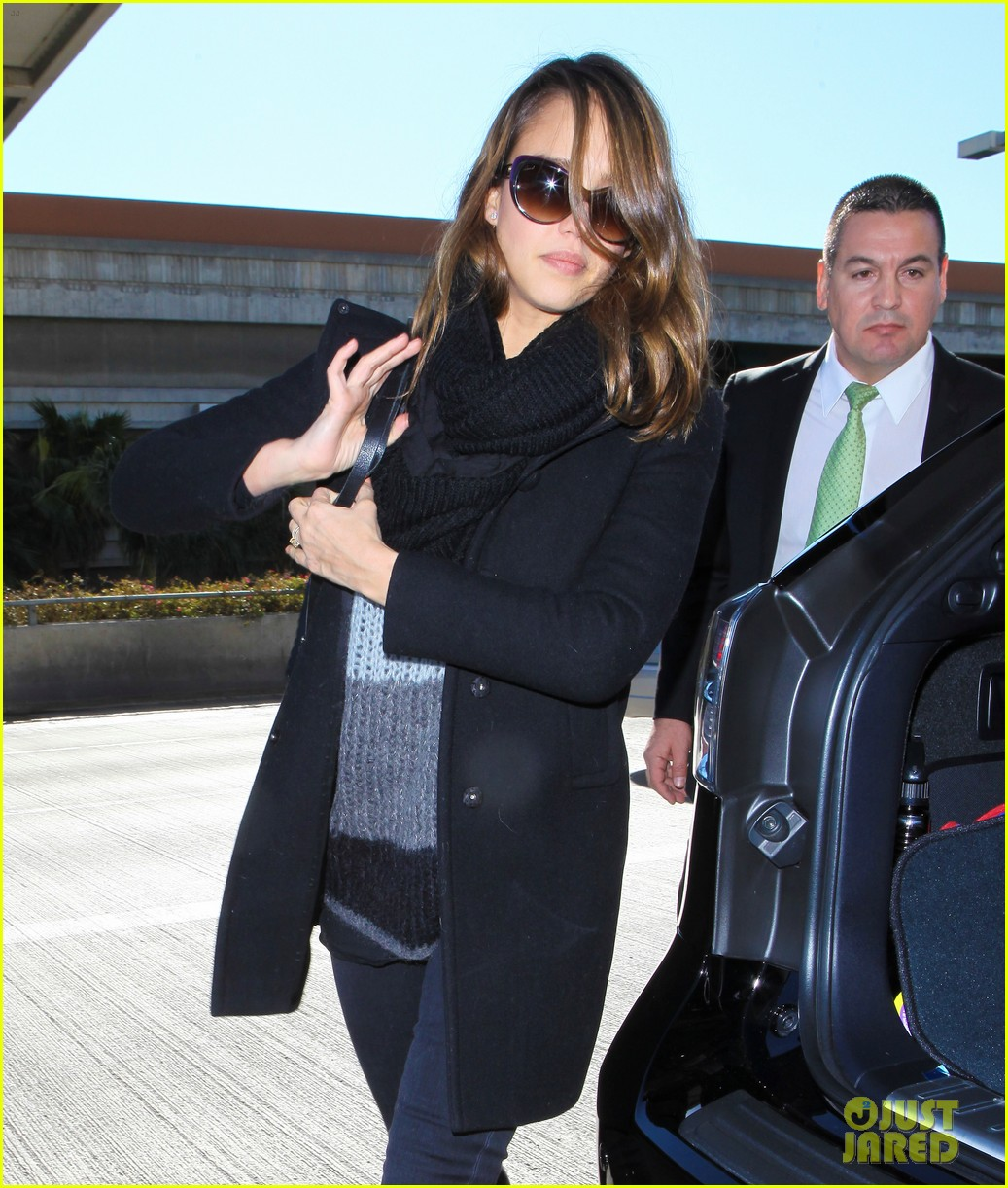 jessica alba shopping soho 03