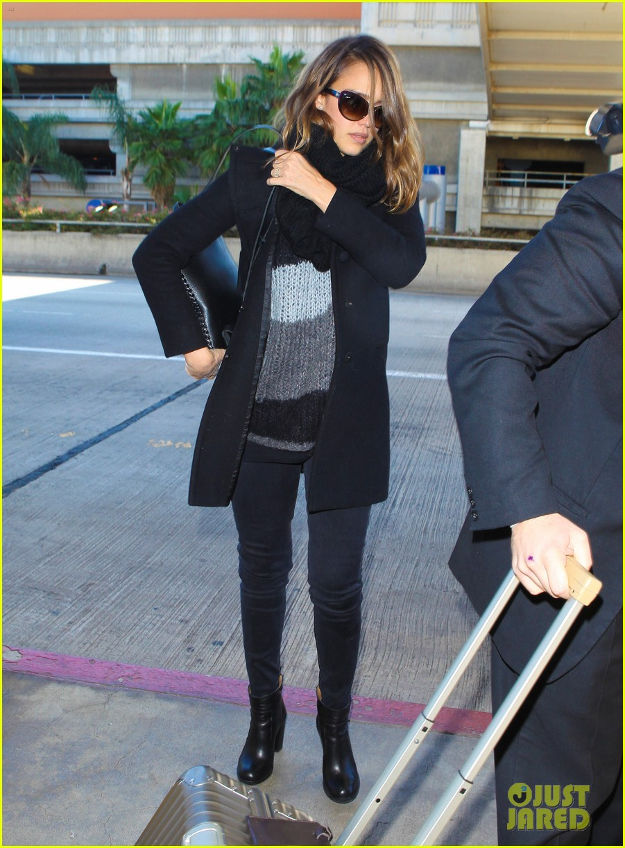 jessica alba shopping soho 07