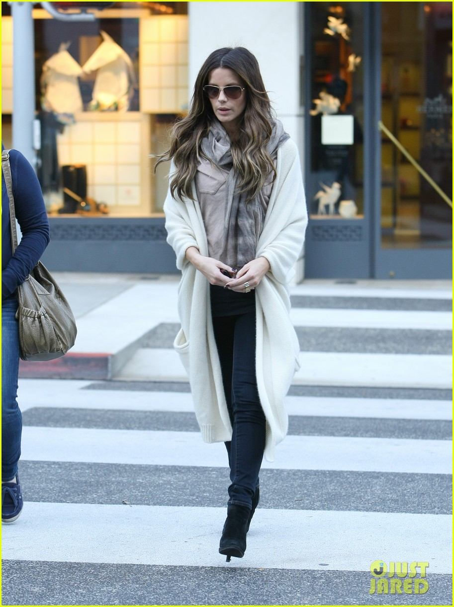 kate beckinsale beverly hills 04