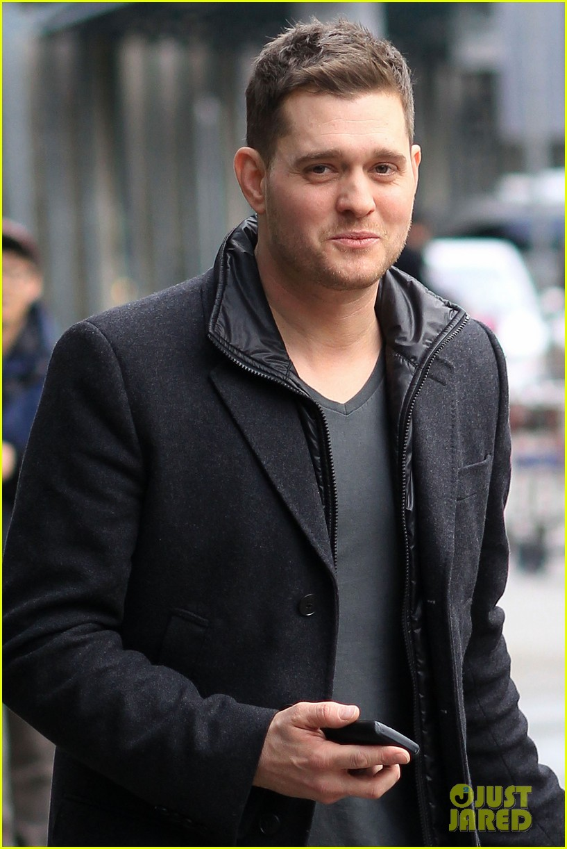 michael buble home holidays 06