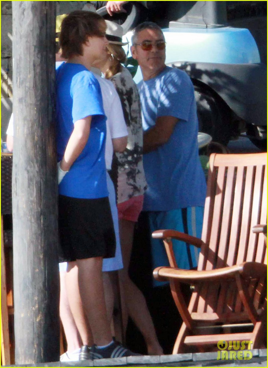 george clooney stacy keibler cabo mexico 03
