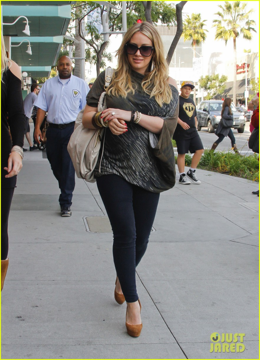 hilary duff mike comrie shopping 14