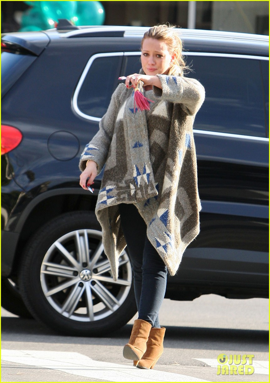 hilary duff dinner date mike comrie 06
