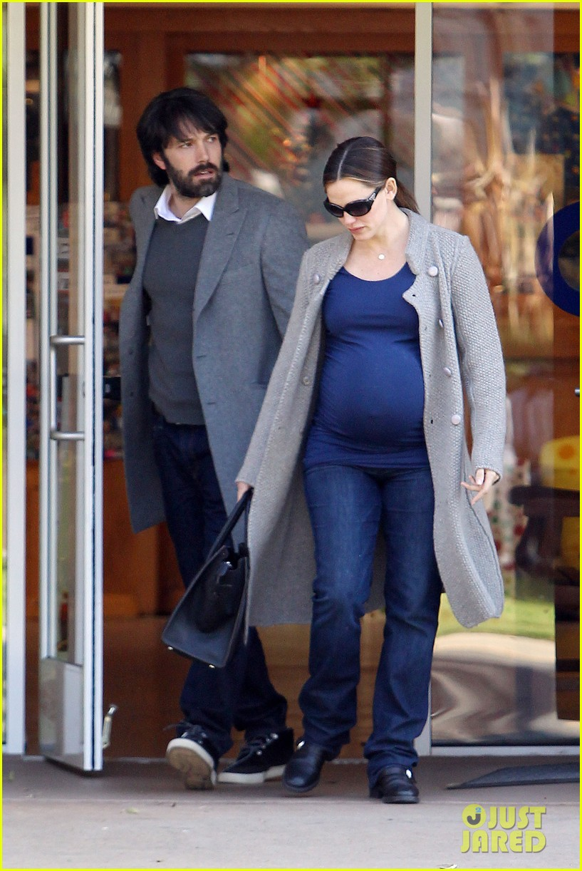jennifer garner busy day 31
