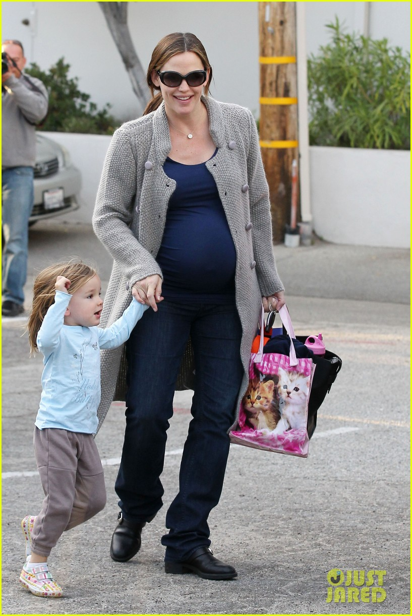 jennifer garner busy day 40