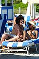 zoe kravitz penn badgley miami vacation 03