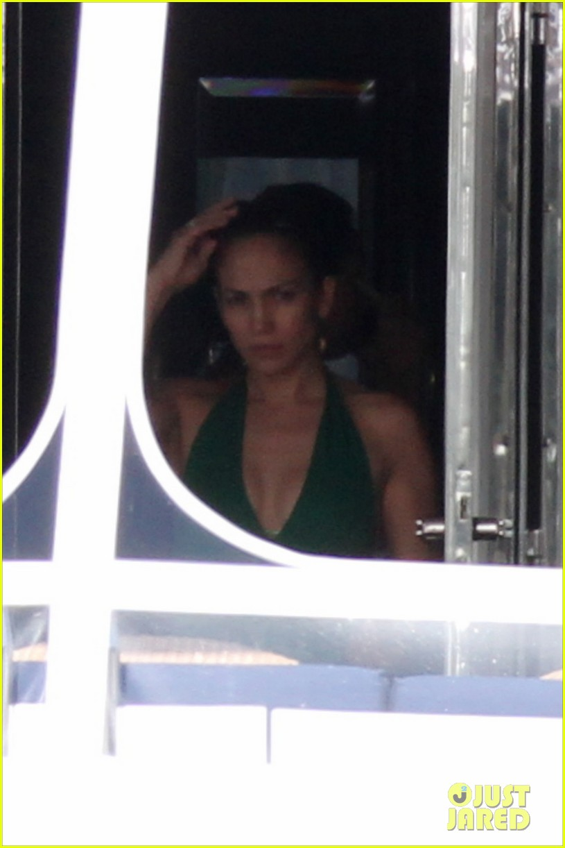 jennifer lopez casper smart yacht time 032613522