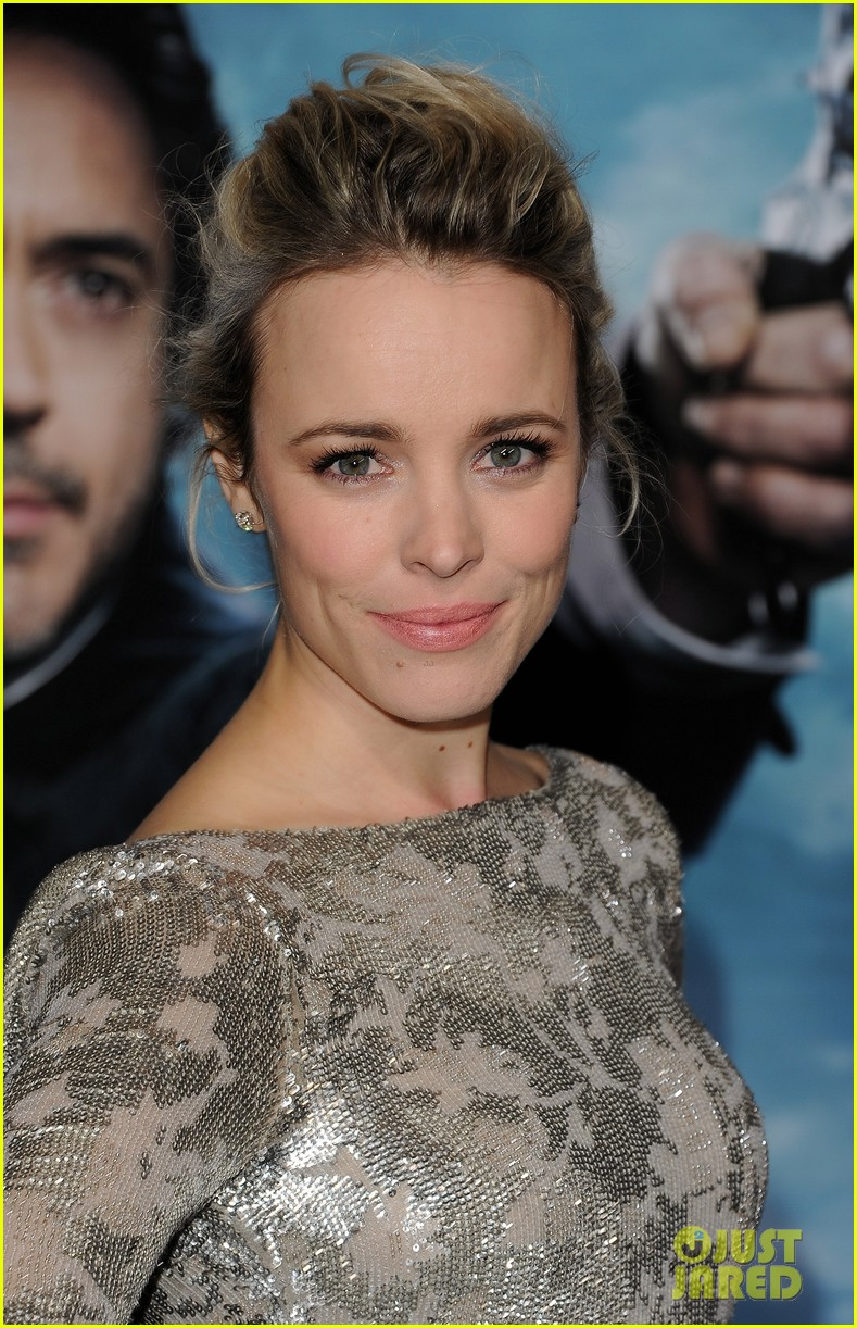 rachel mcadams sherlock 2 premiere 02
