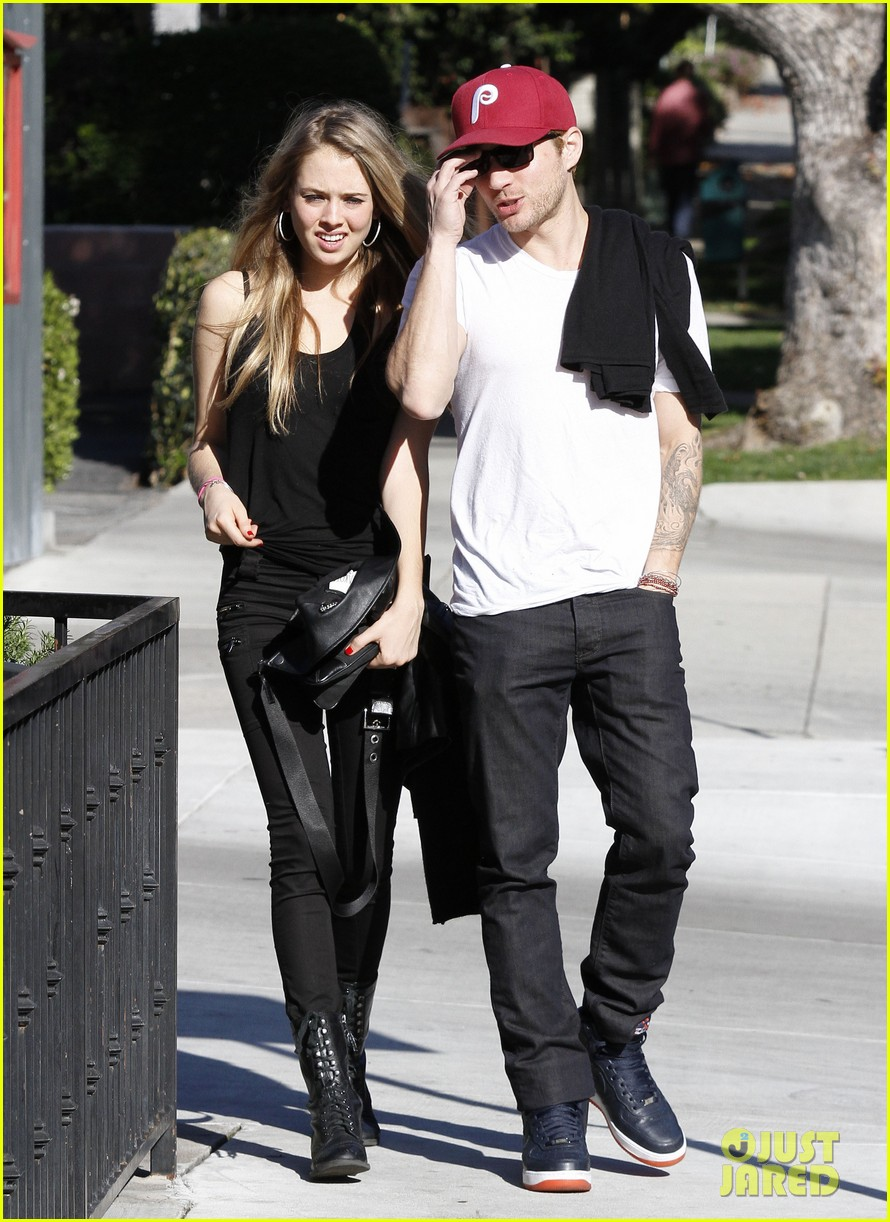 ryan phillippe lunch mystery gal 052612100