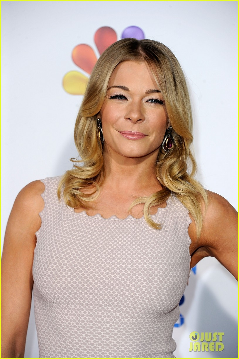 leann rimes american giving awards 04