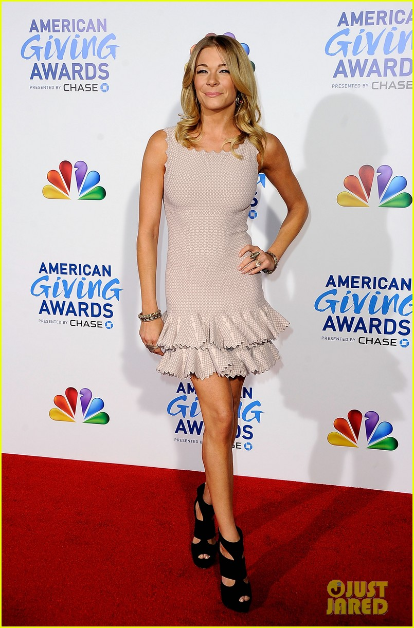 leann rimes american giving awards 05