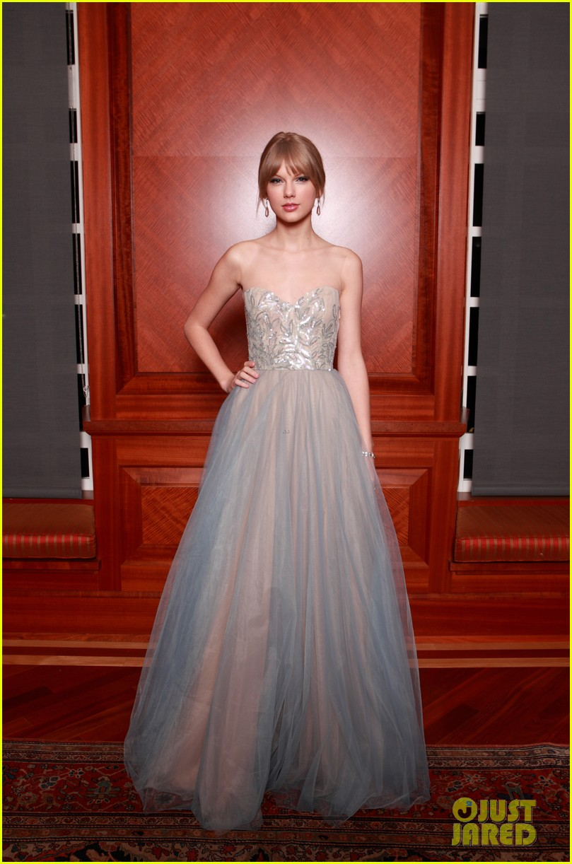 taylor swift nashville symphony ball 15