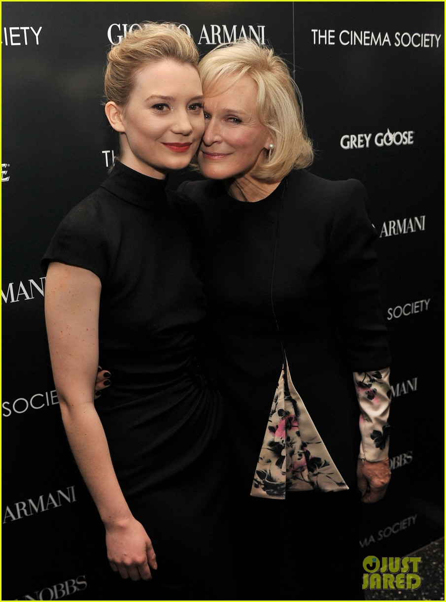 mia wasikowska rose byrne albert nobbs screening 06