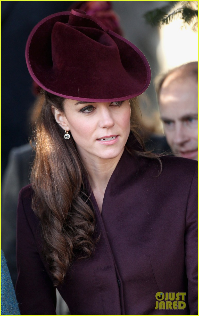 prince william kate christmas day service 142612442