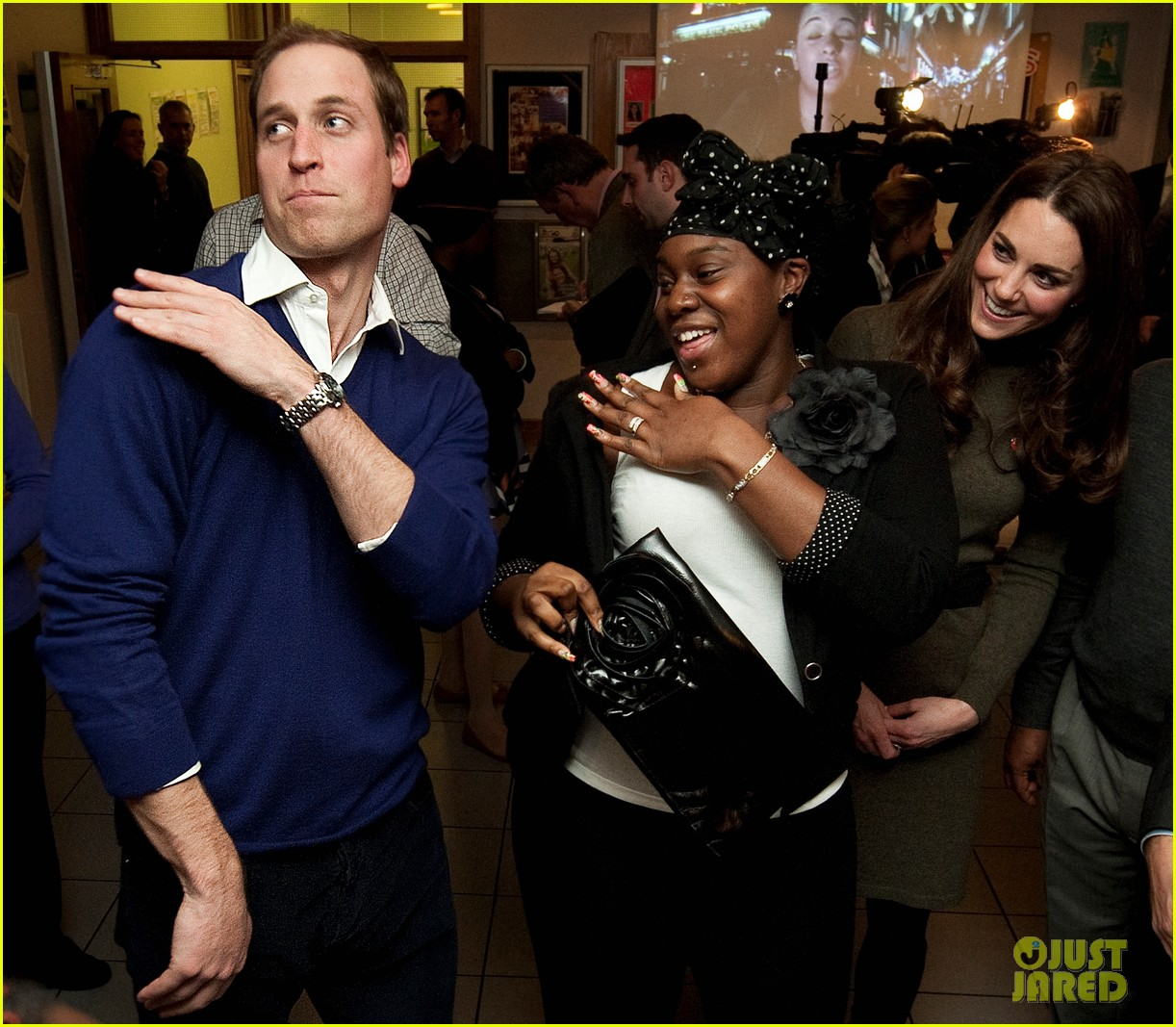 prince william dancing 01
